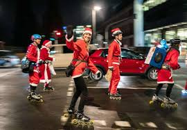 skating venezuelans, nochebuena, latin christmas celebrations